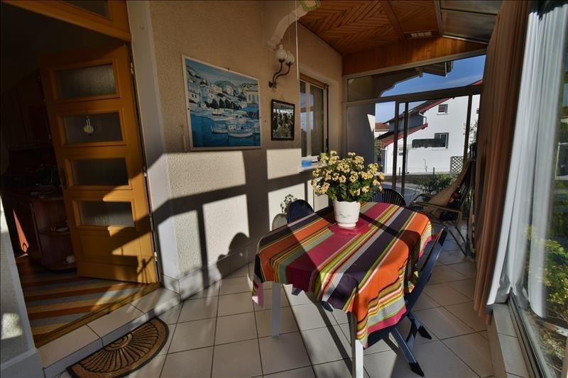 Sale house / villa Gelos 212000€ - Picture 3