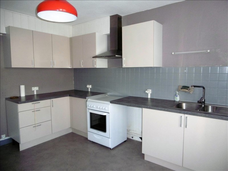 Sale apartment Yenne 136000€ - Picture 2