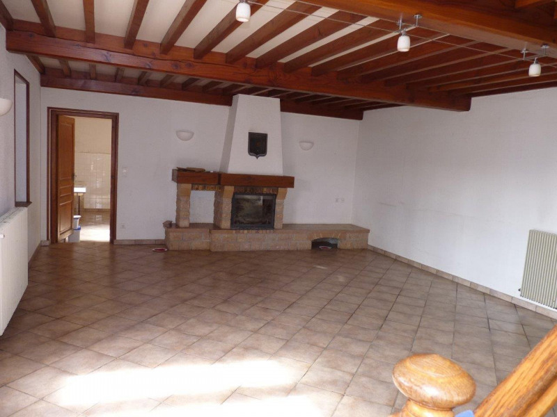 Vente maison / villa Balbigny 210000€ - Photo 2