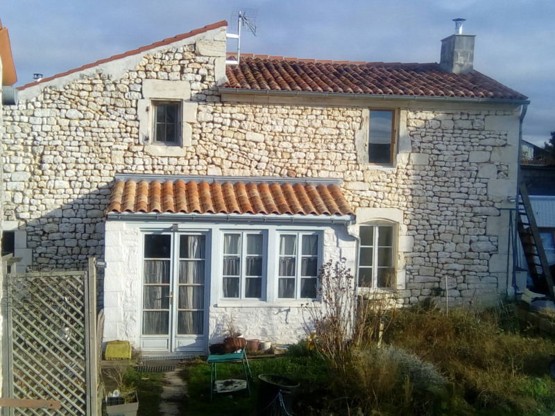 Vente maison / villa Saint-savinien 106500€ - Photo 1