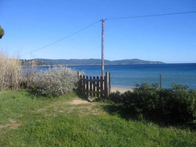 Vacation rental house / villa Cavalaire sur mer 800€ - Picture 1