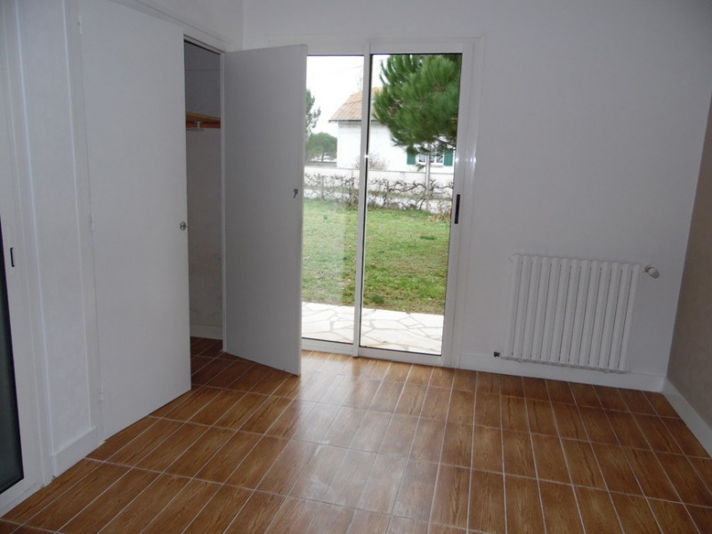 Sale house / villa La tremblade 363 000€ - Picture 9