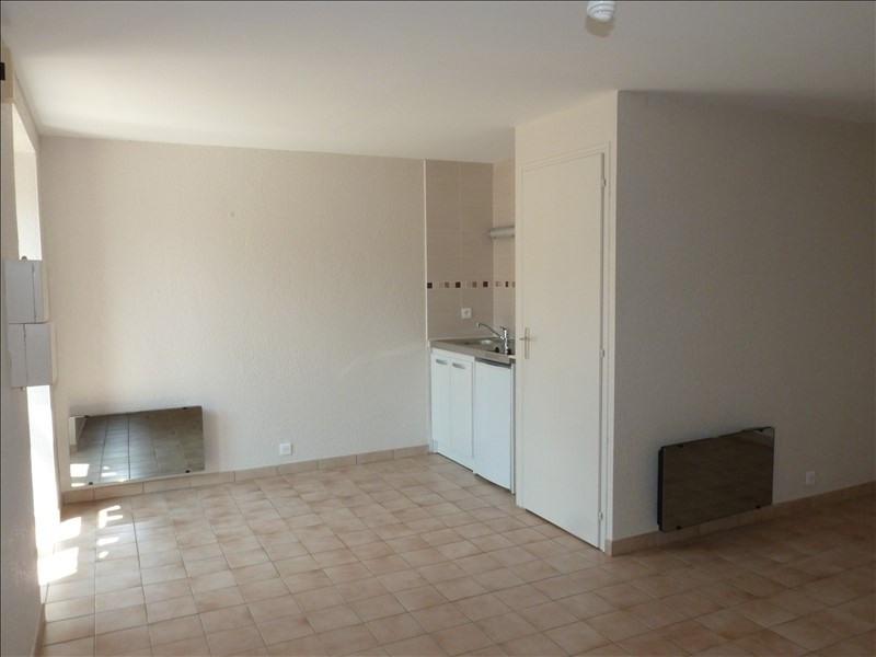 Rental apartment La roche sur yon 310€ CC - Picture 2