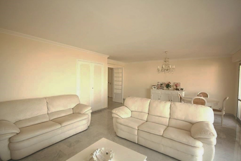 Sale apartment Juan-les-pins 795 000€ - Picture 2