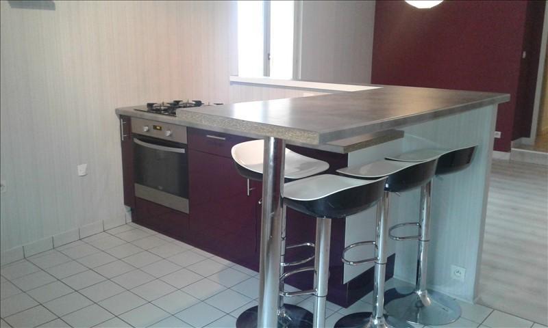 Verhuren  appartement St genis laval 690€ CC - Foto 3