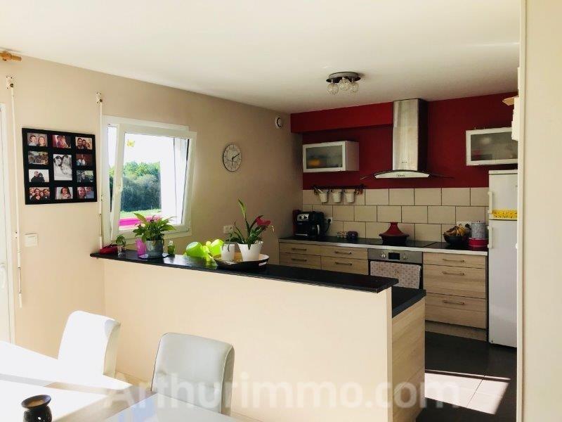 Sale house / villa Locoal mendon 240000€ - Picture 4