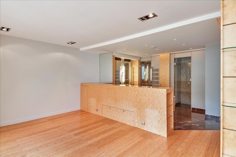 Vente de prestige appartement Paris 19ème 2450000€ - Photo 8