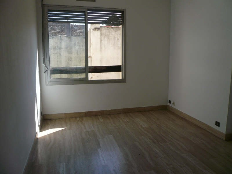 Rental apartment Nimes 434€ CC - Picture 2