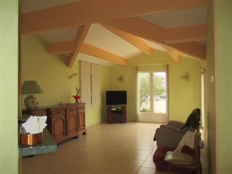 Vente maison / villa Saint-savinien 198 200€ - Photo 9