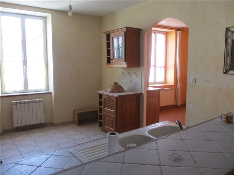 Sale apartment Oyonnax 93 000€ - Picture 1