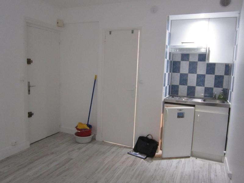 Location appartement Paris 14ème 555€ CC - Photo 2