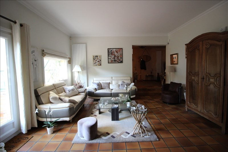 Sale house / villa Aigremont 720 000€ - Picture 3