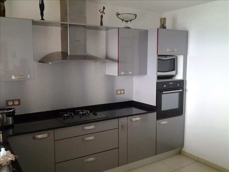 Sale house / villa Le moule 380000€ - Picture 3