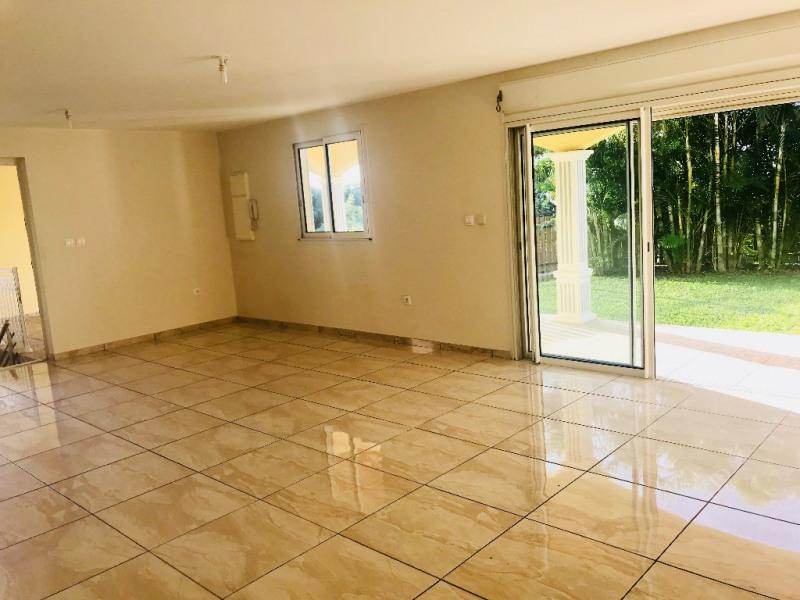 Location maison / villa La possession 2000€ CC - Photo 2