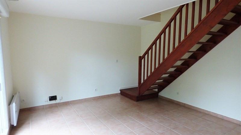 Location maison / villa Prevessin moens 835€ CC - Photo 1