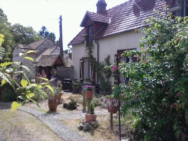 Sale house / villa Breval proche 194000€ - Picture 1