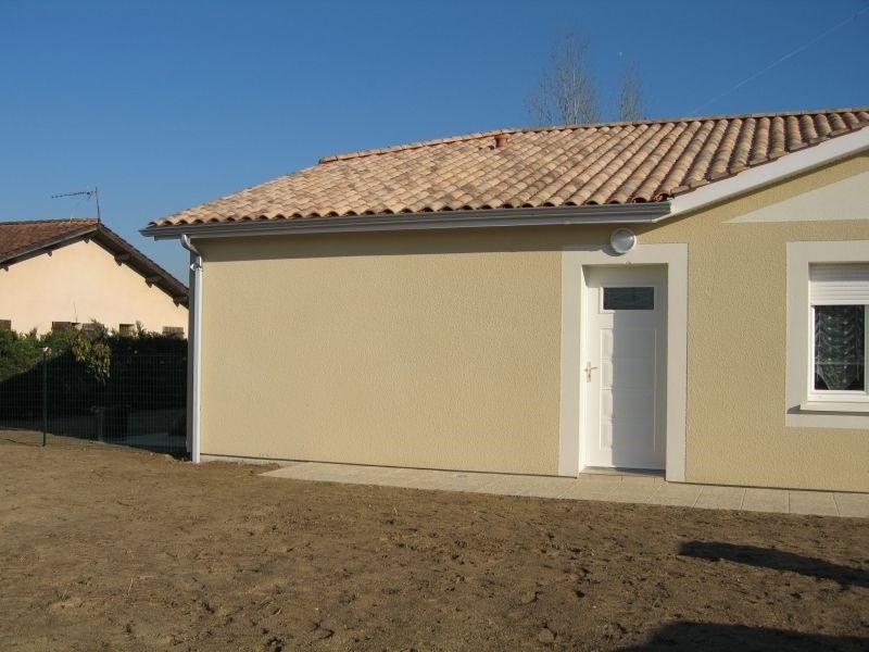 Location maison / villa Cerons 614€ CC - Photo 2