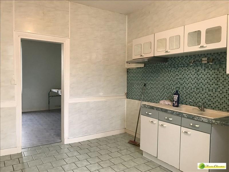 Location maison / villa L isle d espagnac 588€ CC - Photo 4