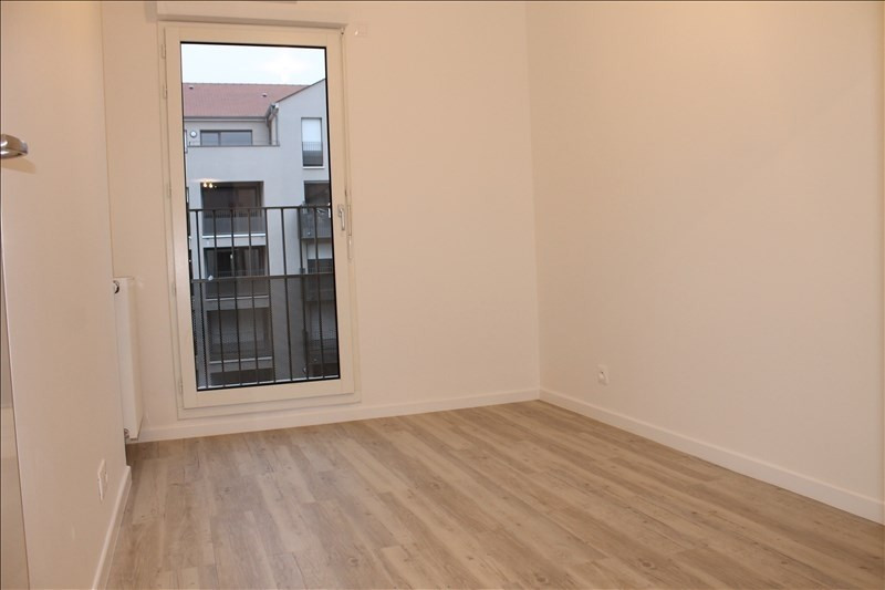 Rental apartment Osny 945€ CC - Picture 5