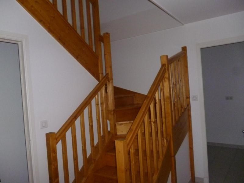 Location appartement Renaison 450€ CC - Photo 5