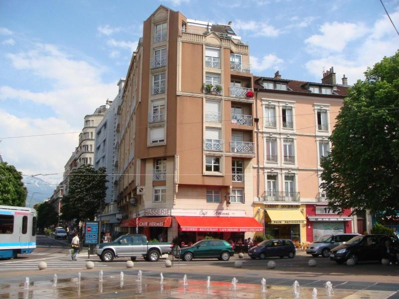 Location appartement Grenoble 350€ CC - Photo 1