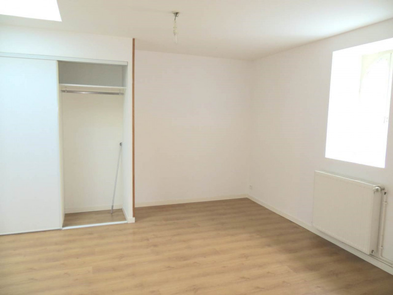 Location appartement Cognac 445€ CC - Photo 4