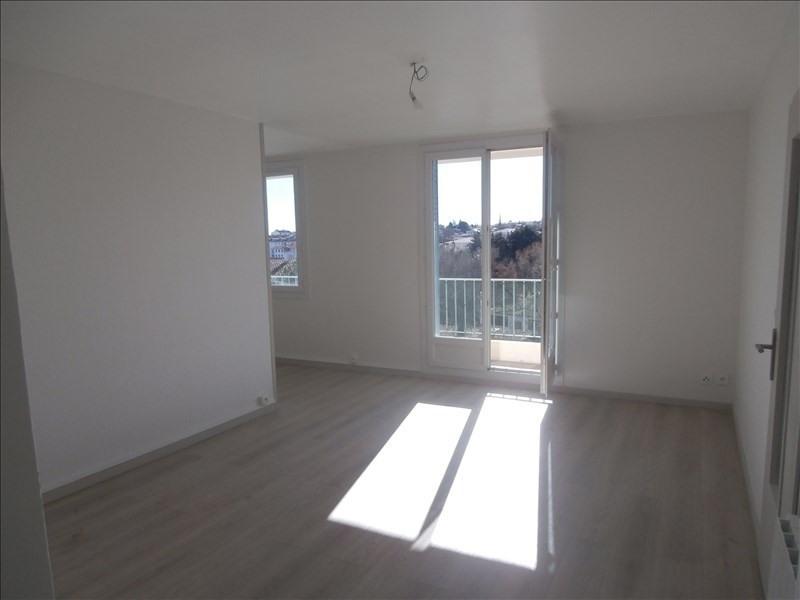 Sale apartment Manosque 105000€ - Picture 1