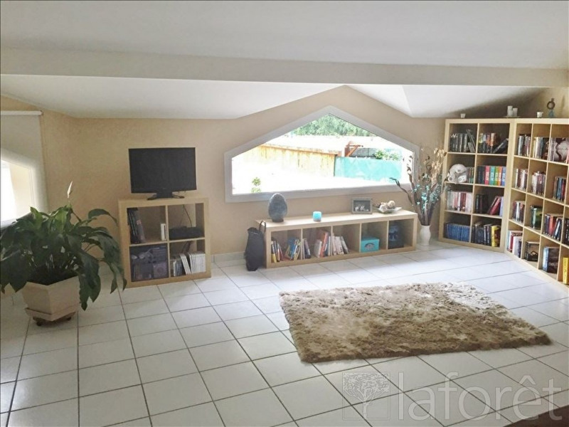 Sale house / villa Bourgoin jallieu 344000€ - Picture 3