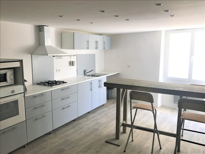 Location appartement Lambesc 575€ CC - Photo 1