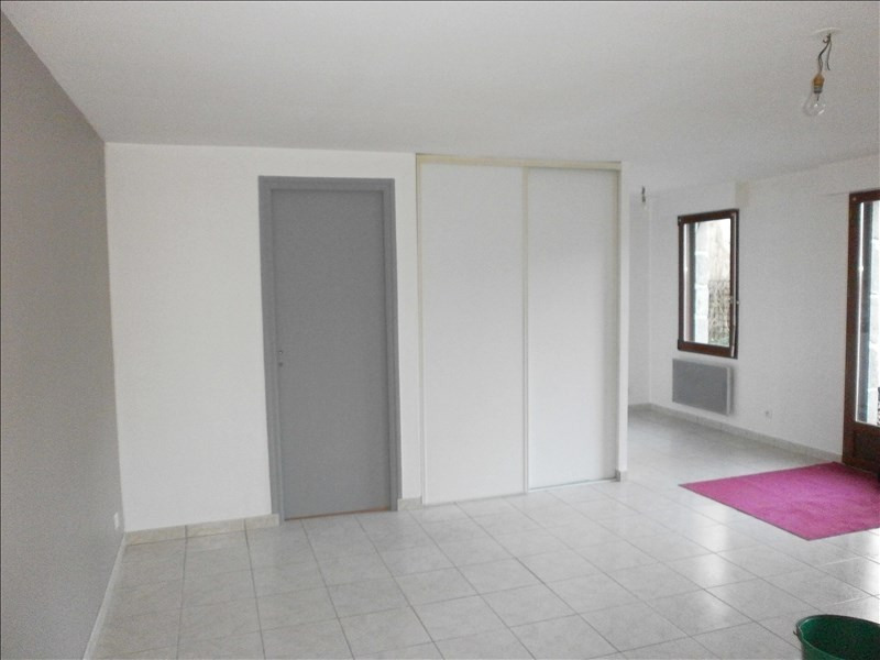 Location appartement St jean brevelay 300€ CC - Photo 4