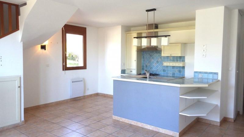 Sale apartment Poisy 278500€ - Picture 2