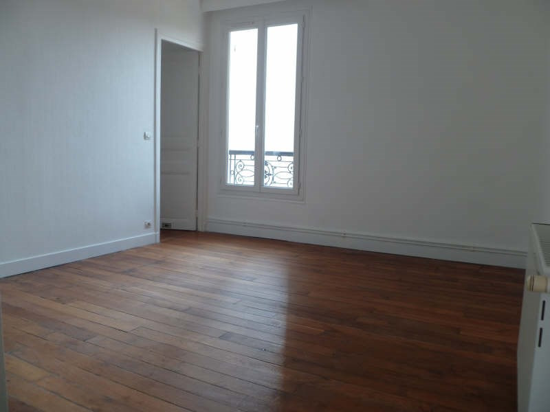 Rental apartment Clichy 1150€ CC - Picture 1