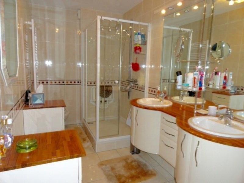 Sale apartment Hoenheim 396550€ - Picture 9