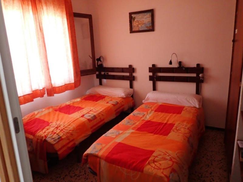 Location vacances appartement Roses santa-margarita 192€ - Photo 3