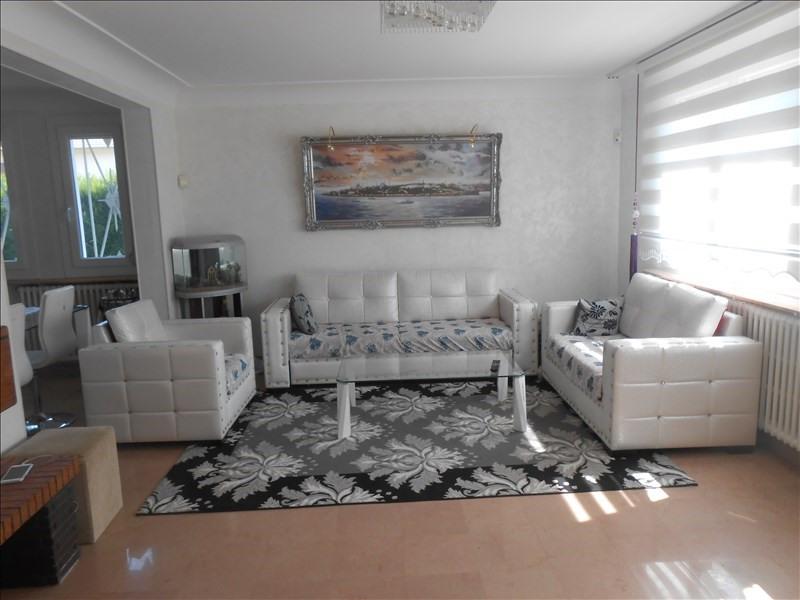 Vente maison / villa Oyonnax 235000€ - Photo 4