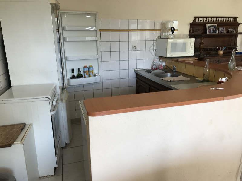Sale house / villa Vesly 69950€ - Picture 4
