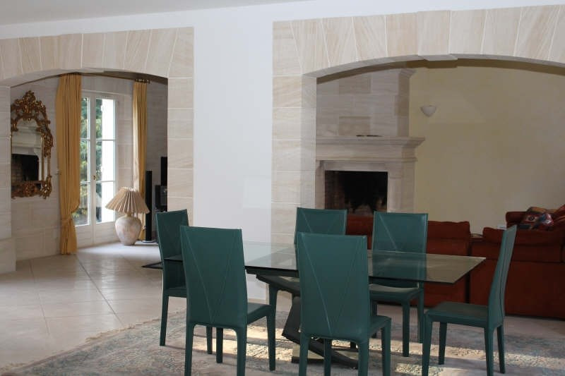 Deluxe sale house / villa Lamorlaye 898000€ - Picture 2