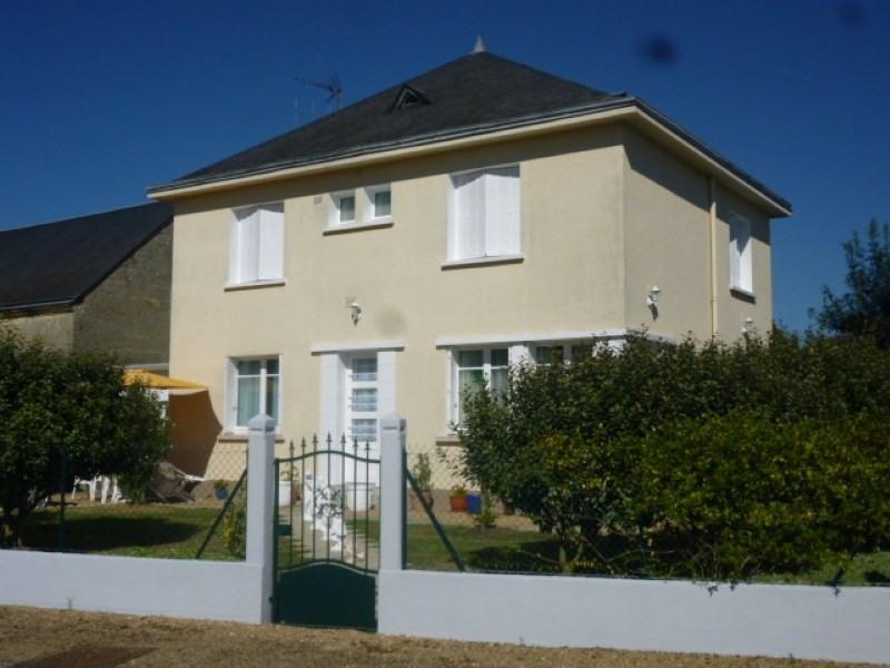 Vente maison / villa La chartre sur le loir 139500€ - Photo 1