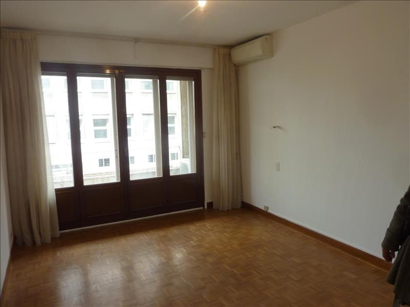 Location appartement Marseille 8ème 1 500€ CC - Photo 4