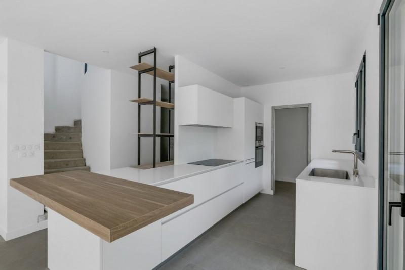 Vente de prestige maison / villa Rueil-malmaison 1390000€ - Photo 4