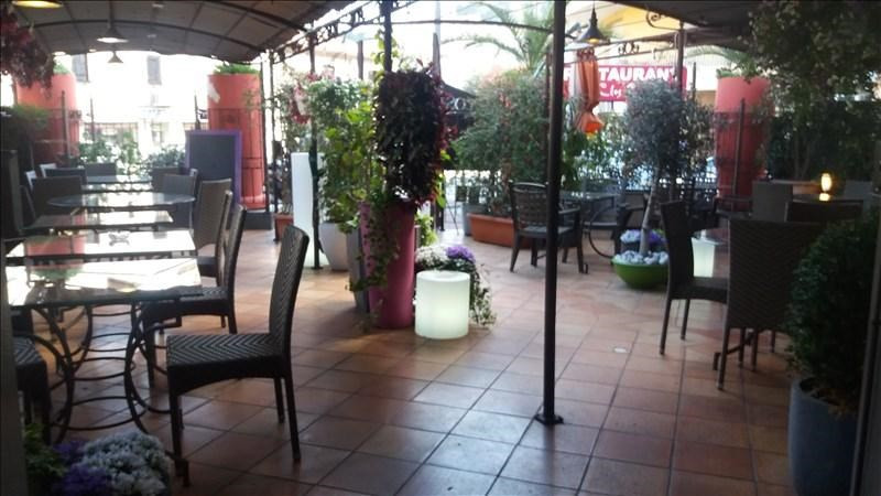 Commercial property sale shop Vallauris 205 000€ - Picture 1