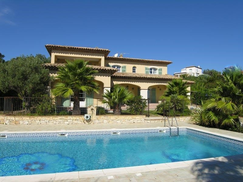 Sale house / villa Les issambres 1 495 000€ - Picture 1