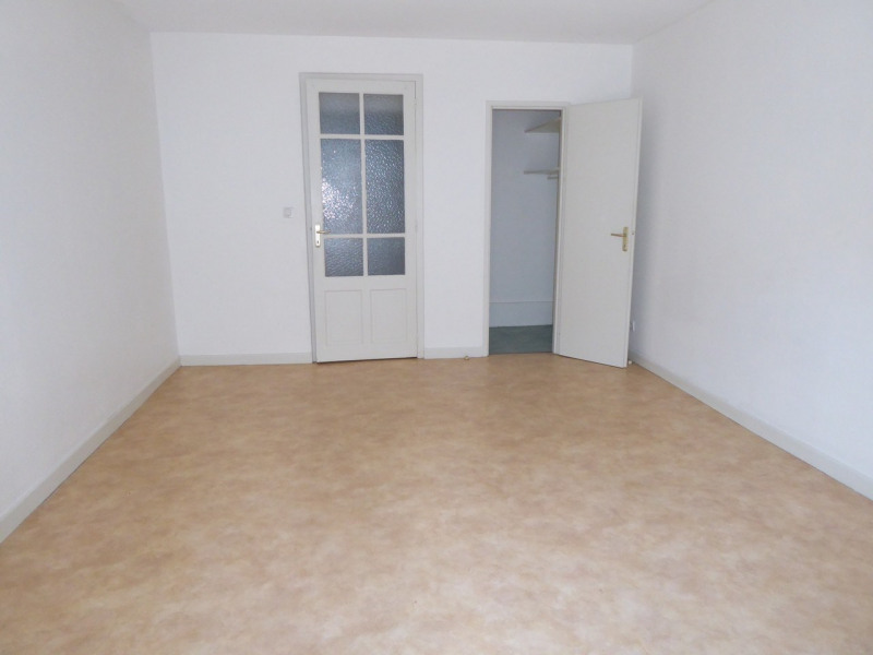 Location appartement Vals-les-bains 487€ CC - Photo 9