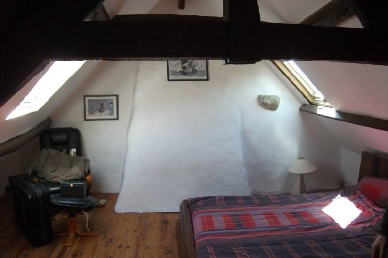 Sale house / villa Pont croix 146440€ - Picture 7