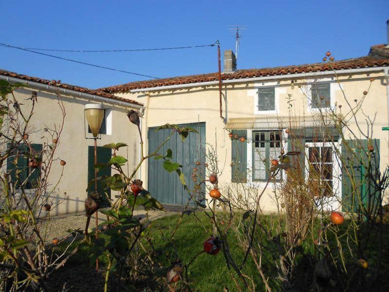 Sale house / villa Aigre 44000€ - Picture 1