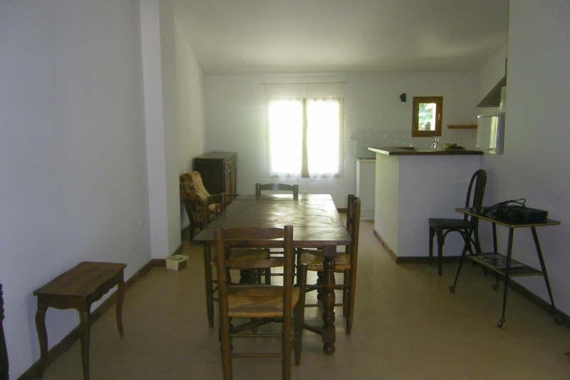Rental apartment Vauvenargues 595€ CC - Picture 2