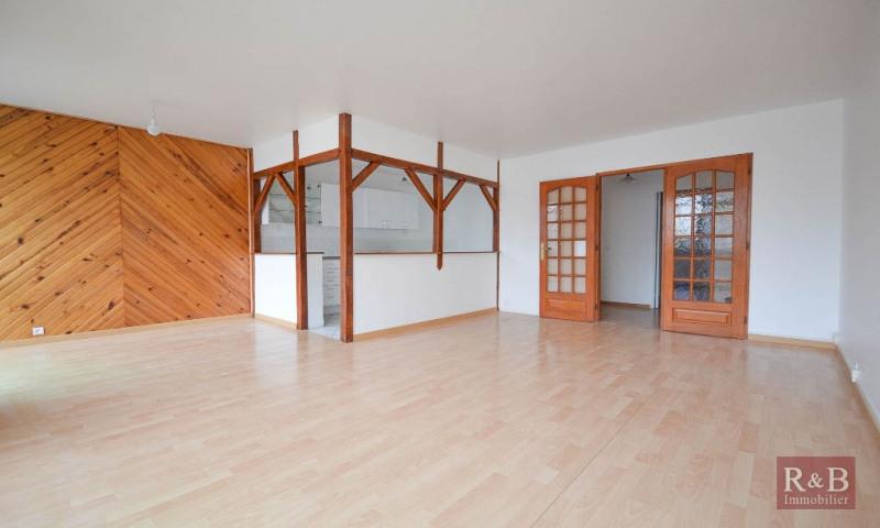 Sale apartment Plaisir 175000€ - Picture 2