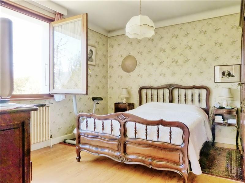 Sale house / villa Thyez 370000€ - Picture 8