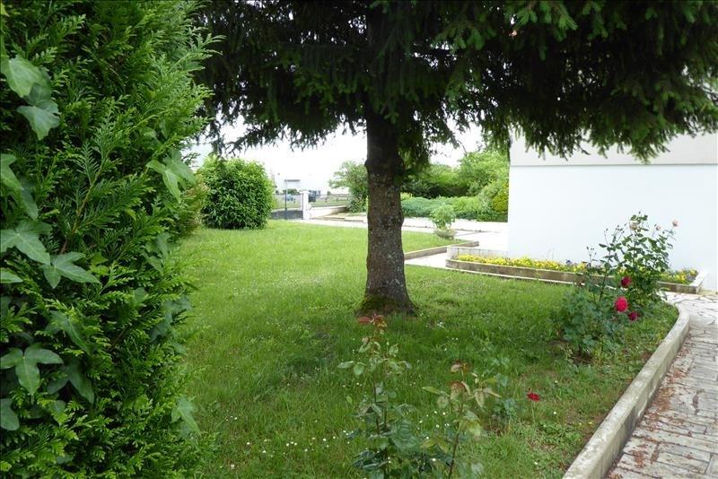 Sale house / villa Varennes vauzelles 157000€ - Picture 5