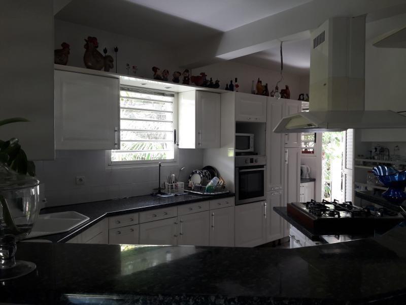 Sale house / villa La possession 420000€ - Picture 2